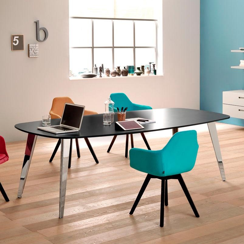 contemporary boardroom table / wood veneer / rectangular / oval