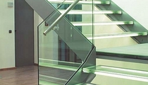 lateral stringer staircase
