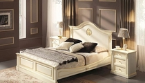 traditional double bed