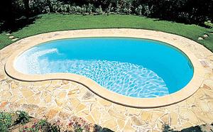 polyester-swimming-pool