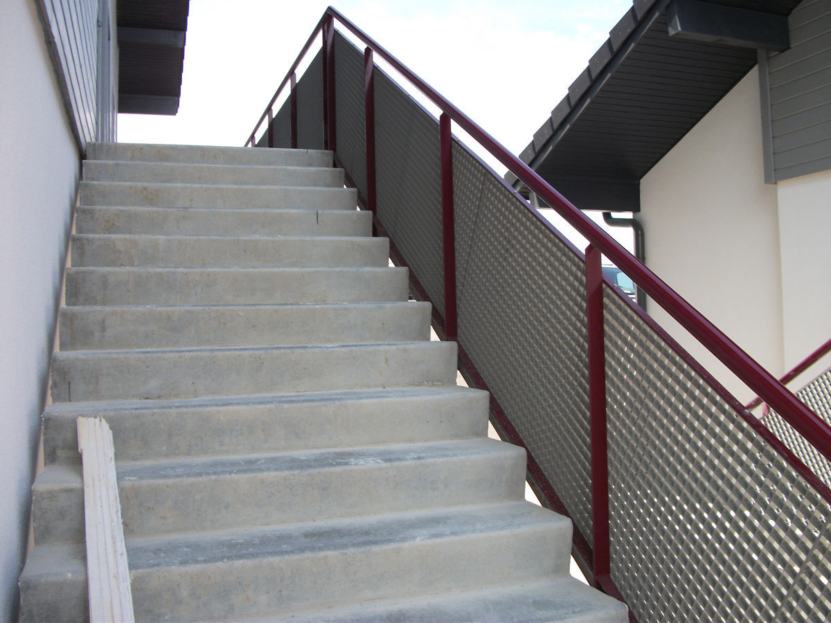 Beau Galvanized Steel Railing / Wire Mesh / Outdoor / For Stairs ...