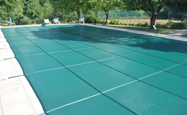 Swimming Pool Covers: Ultimate Guide to Choosing the Best ...