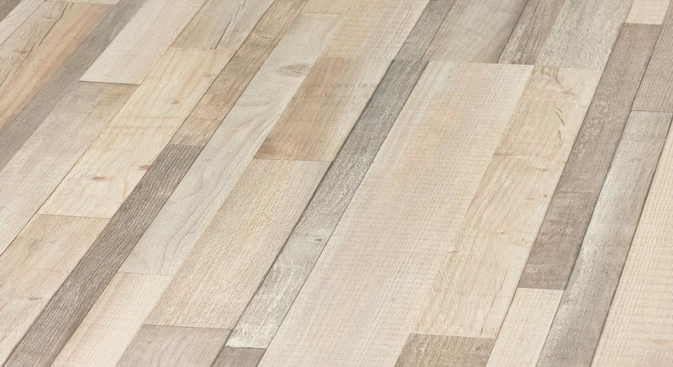 Oak Laminate Flooring Clip On Wood Look Residential