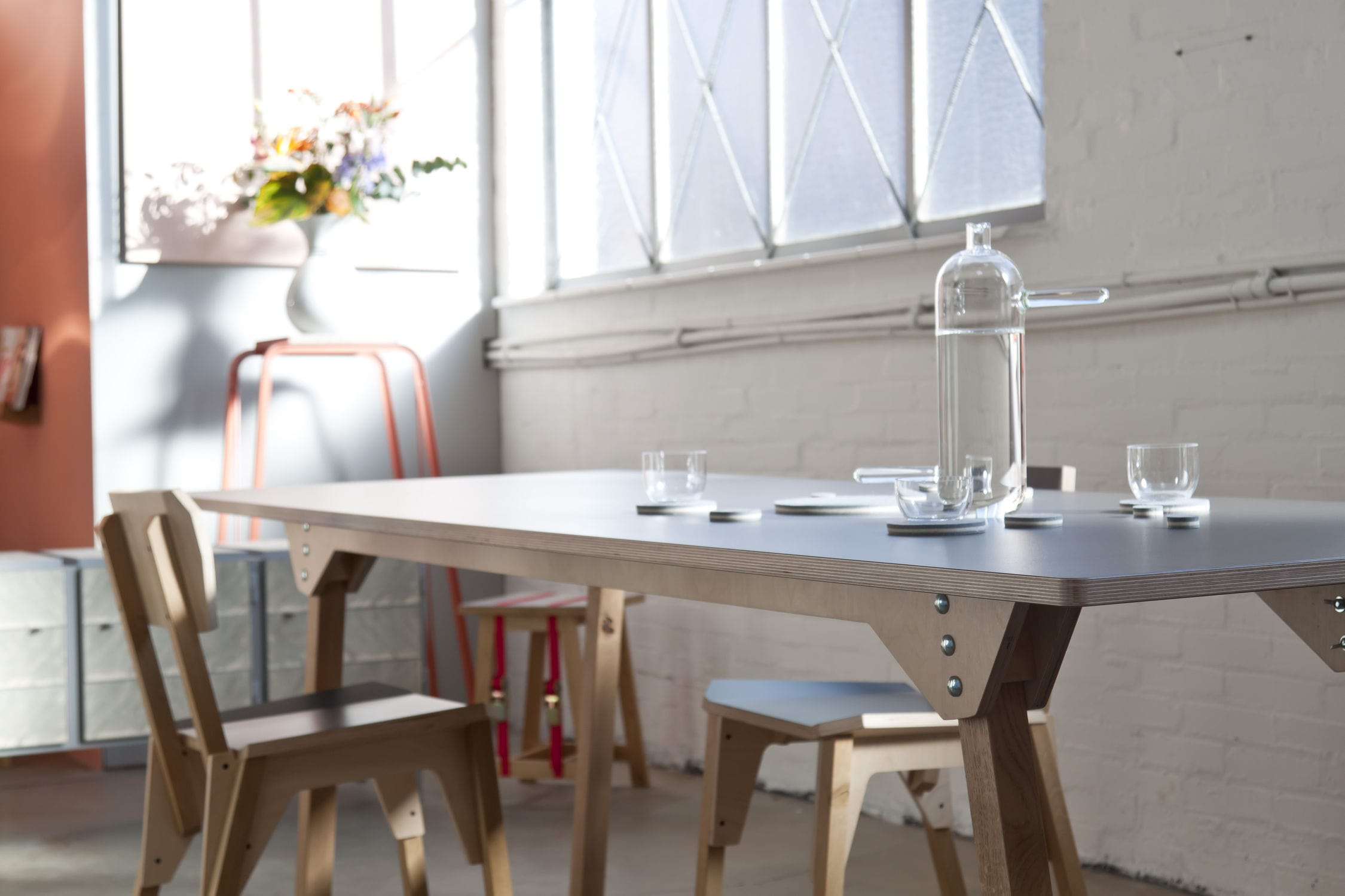 contemporary dining table / oak / birch / plywood - 's-table