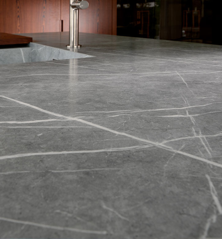 Indoor tile / floor / composite / silk - ZAHA STONE - NEOLITH by TheSize