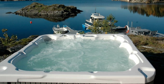 Built-in hot tub / square / 6-seater - DREAM - DIMENSION ONE SPAS ...