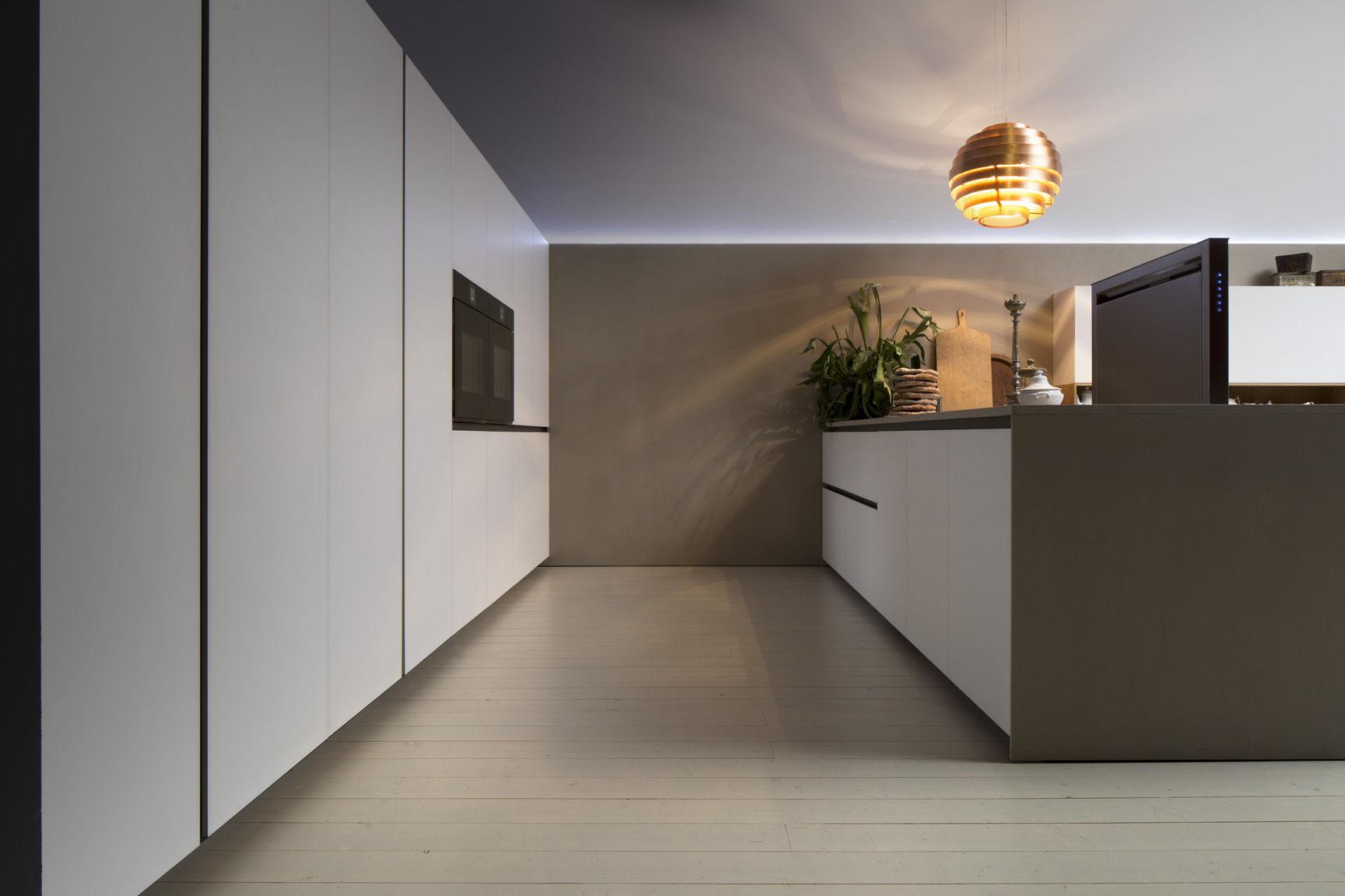 Contemporary kitchen / wooden / lacquered - SILICA by Marconato ... - Cuisine Comprex