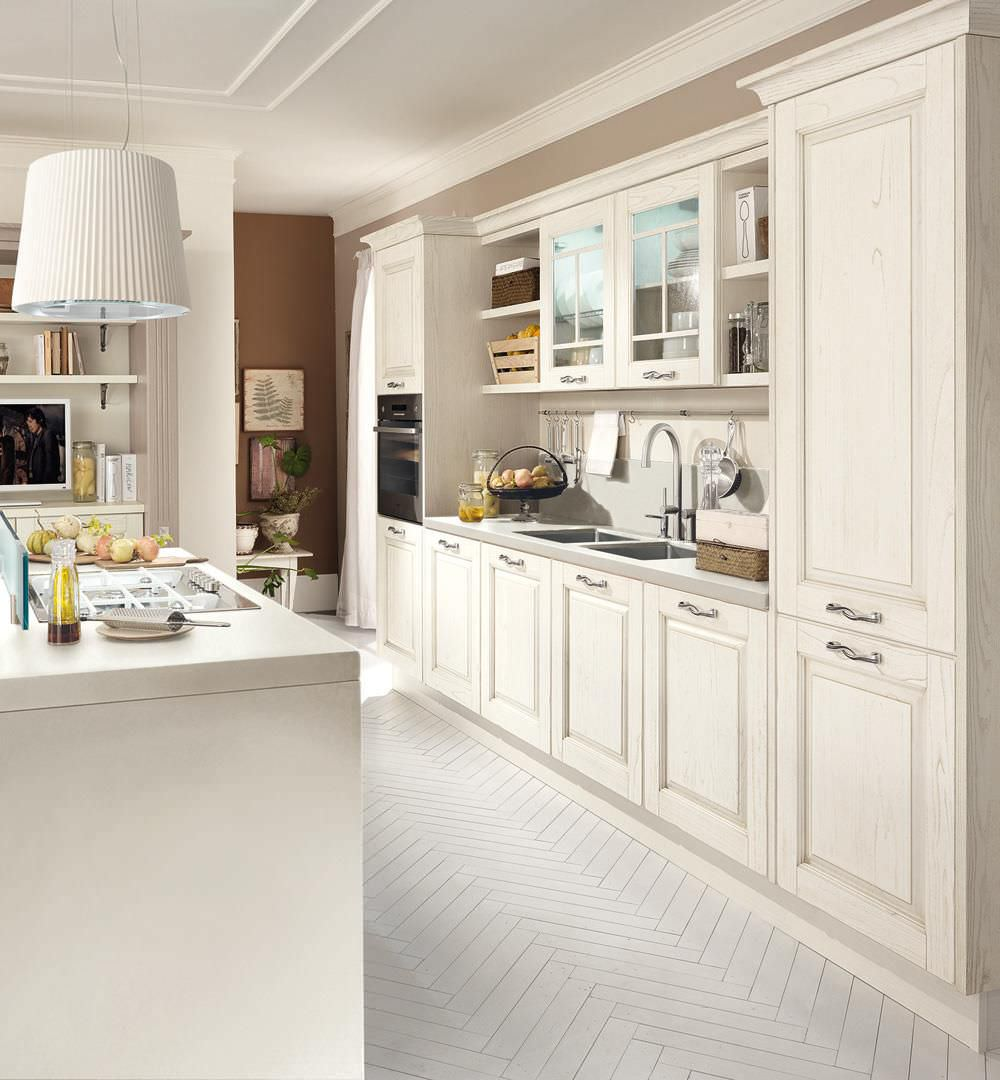 traditional kitchen / wooden / island - laura - cucine lube - videos - Cucina Laura Lube
