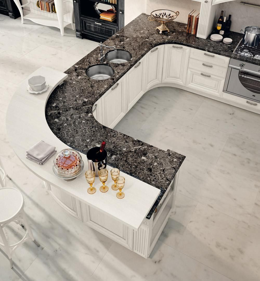 Traditional kitchen / wood veneer - PANTHEON - CUCINE LUBE - Videos