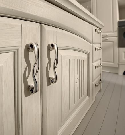 Traditional kitchen / solid wood / island - VERONICA - CUCINE LUBE ...