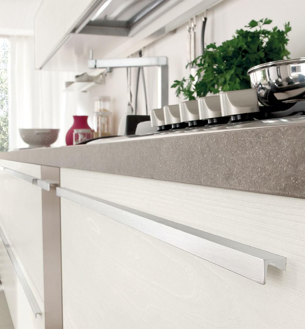 Contemporary kitchen / wooden / lacquered / matte - NOEMI - CUCINE ...
