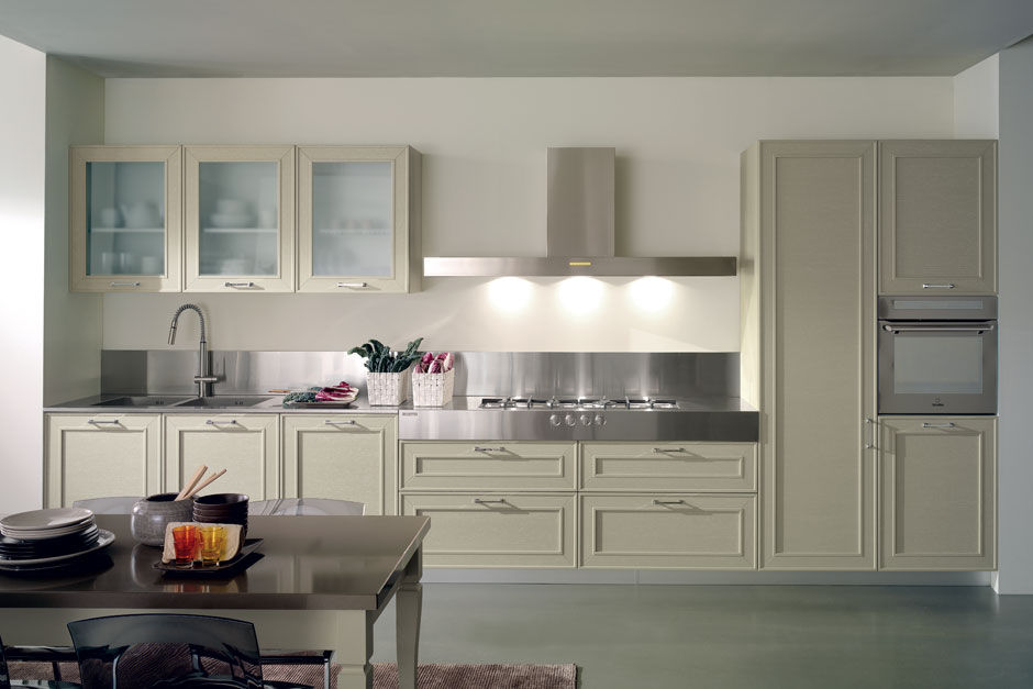 Traditional kitchen / stainless steel / wooden - CAPALBIO by ...