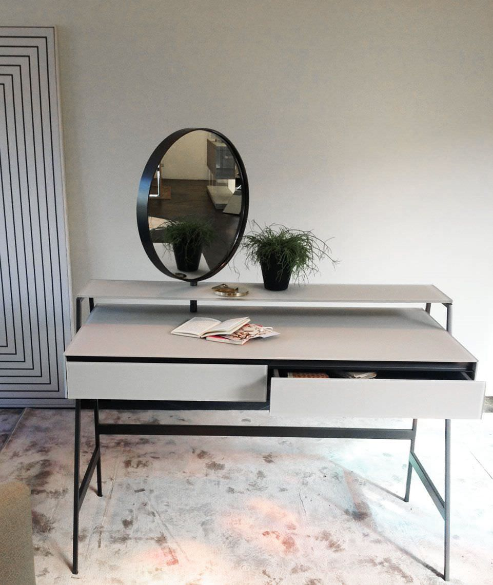 Merveilleux ... Contemporary Dressing Table / Glass / Metal / Wooden