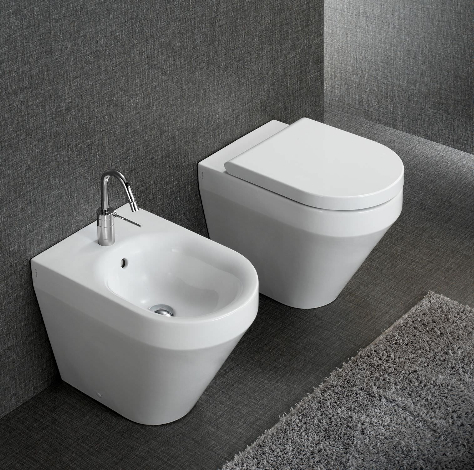 freestanding toilet  ceramic  yxv  hatria srl - freestanding toilet  ceramic  yxv