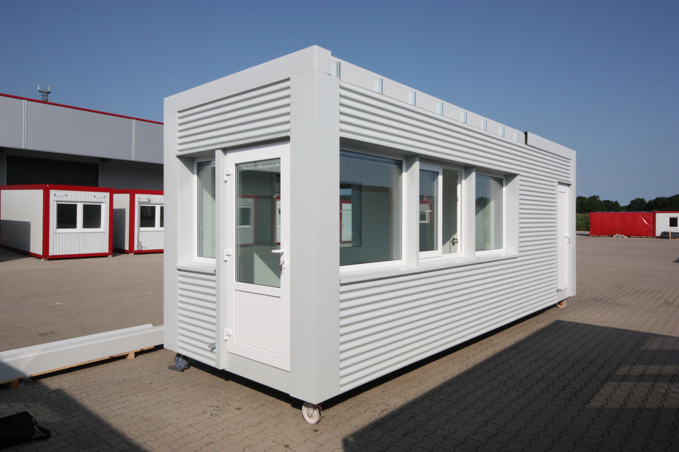 Industrial use container construction / for schools / for offices ...