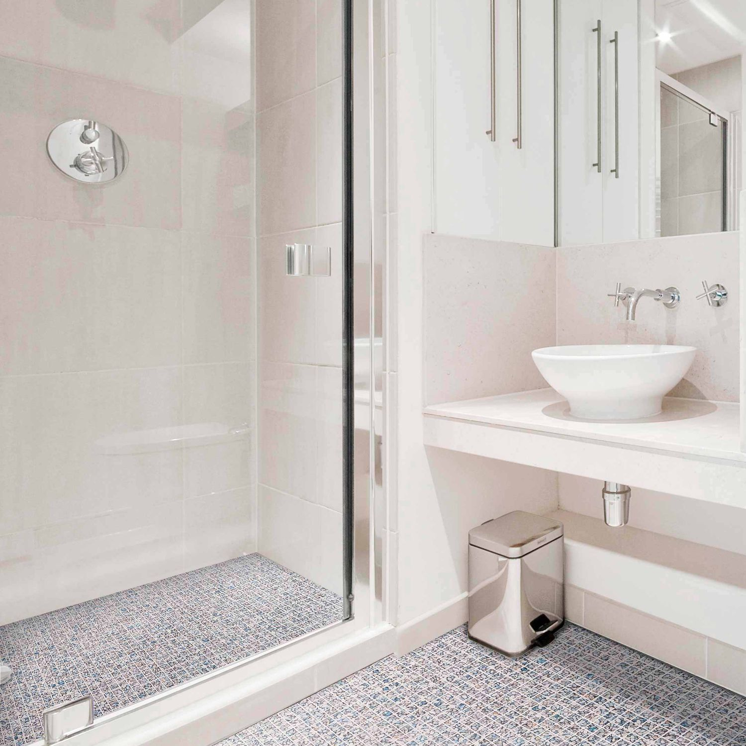 Bathroom mosaic tile / floor / glass / matte - PERISSA - Mosavit
