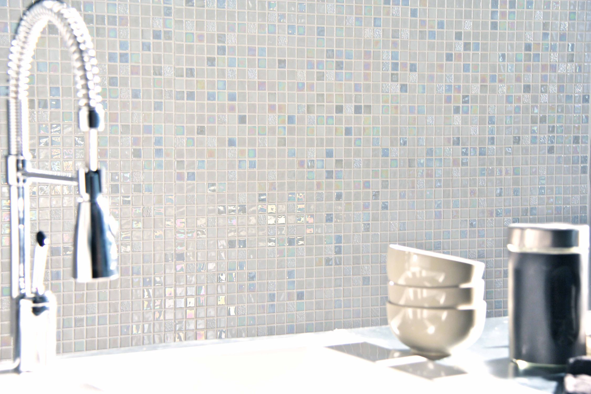 Bathroom mosaic tile / wall / glass / white - SUNDANCE - Mosavit