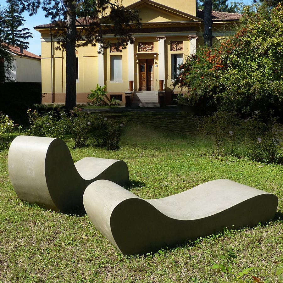 Organic Design Sun Lounger / Cement / Garden / Patio   LAND.5