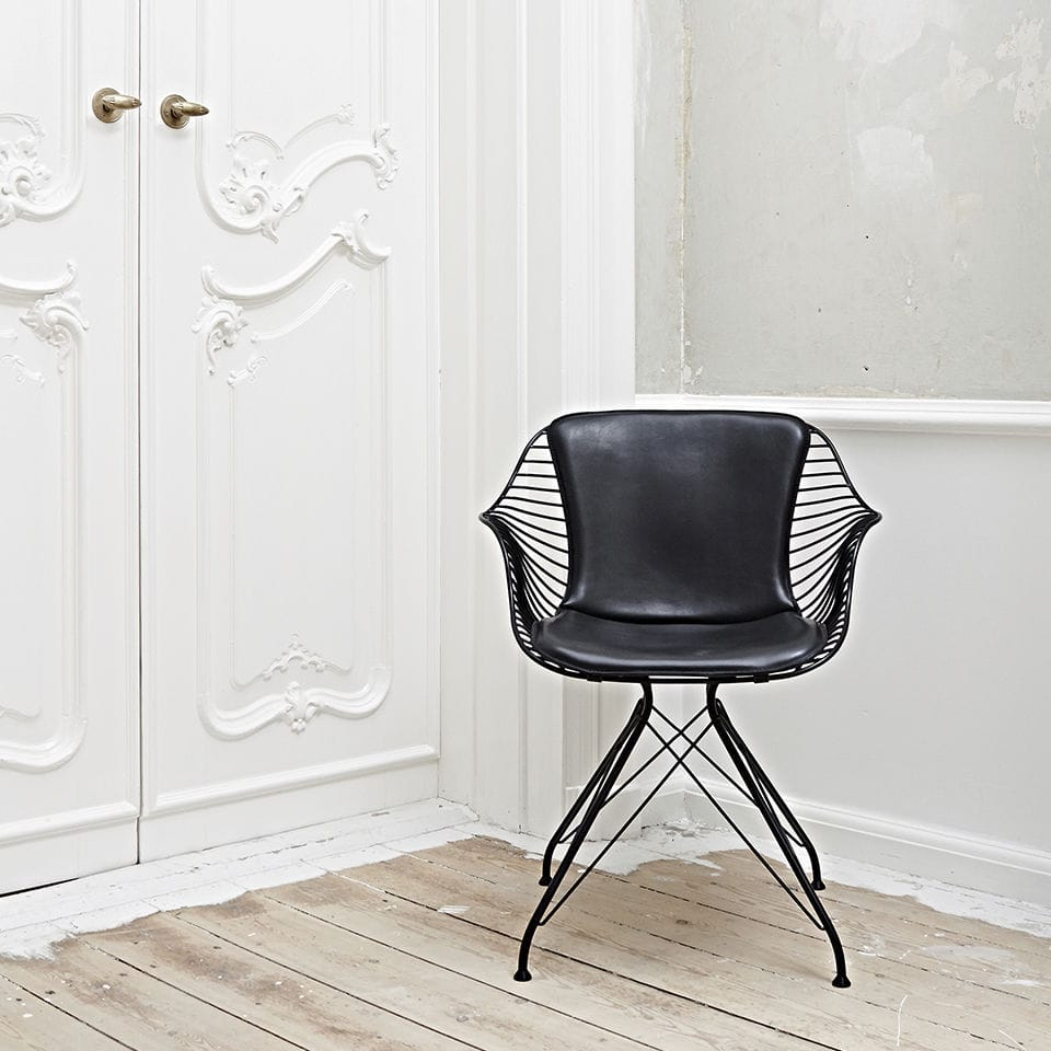 Contemporary chair / upholstered / with armrests / leather - WIRE ...