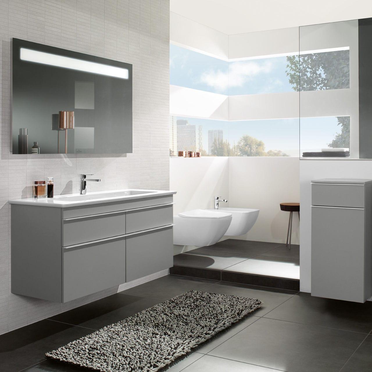 Contemporary Bathroom / Ceramic ...