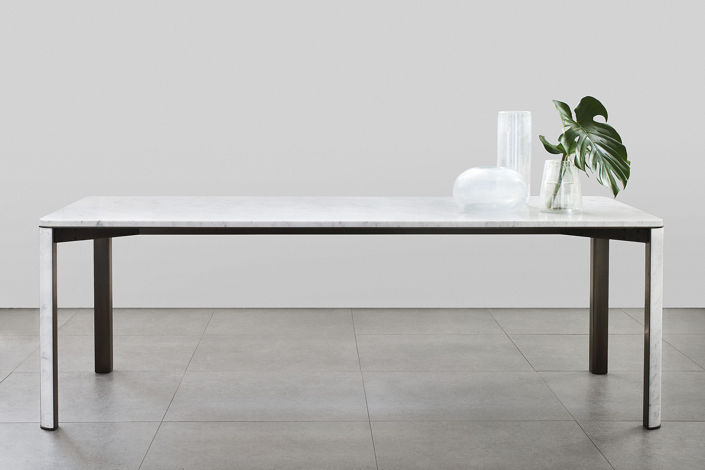 Contemporary Dining Table Brass Marble Rectangular GREGORIO - White marble rectangular dining table