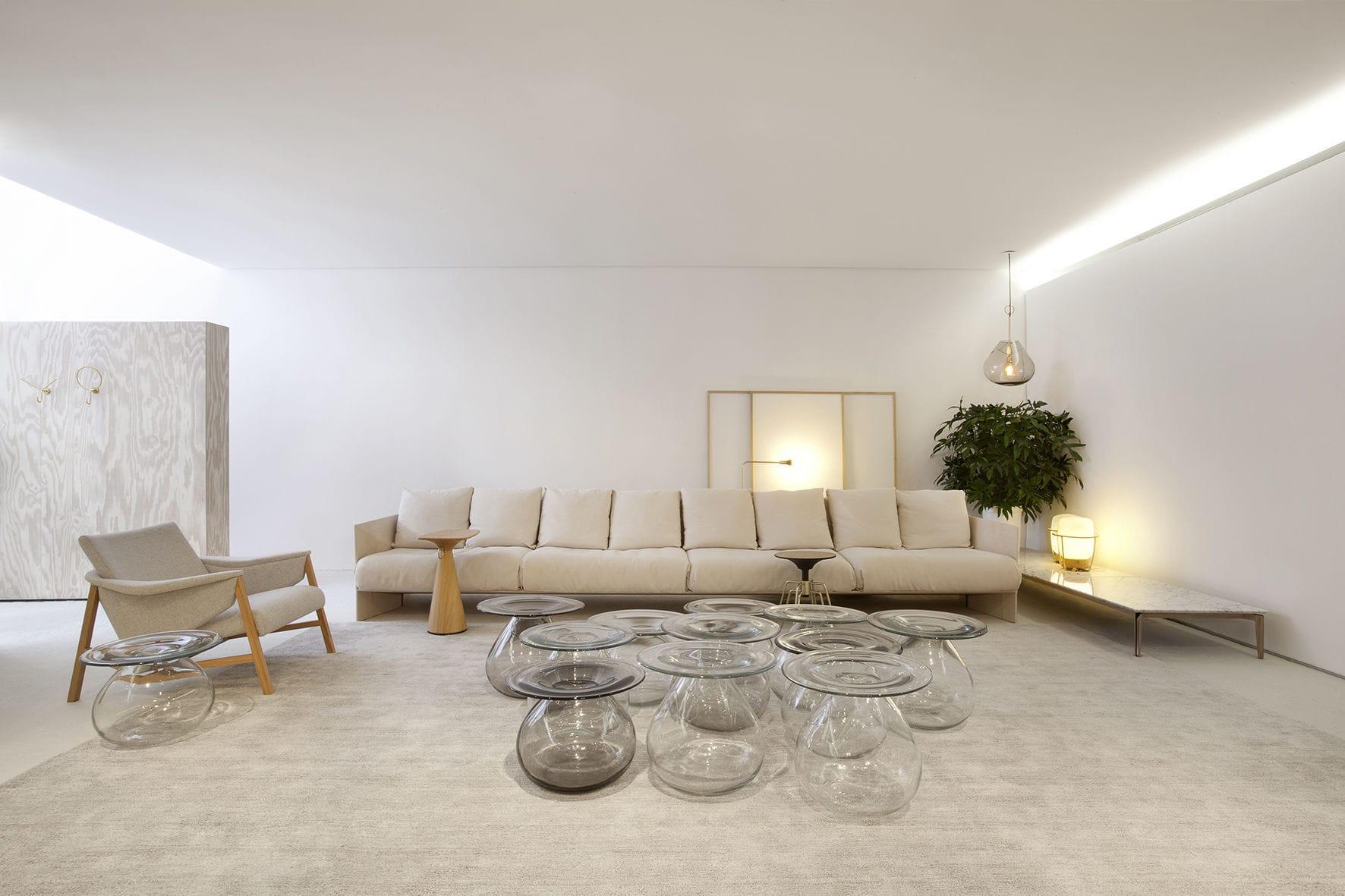 Contemporary coffee table glass round MUSH by Jader Almeida