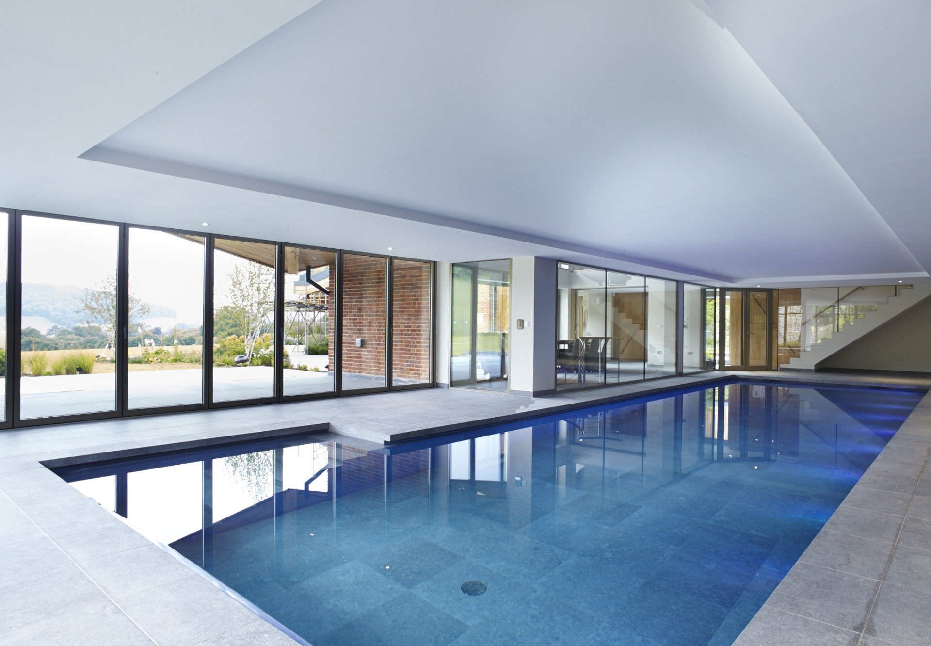 in-ground swimming pool / ceramic / indoor - buckinghamshire