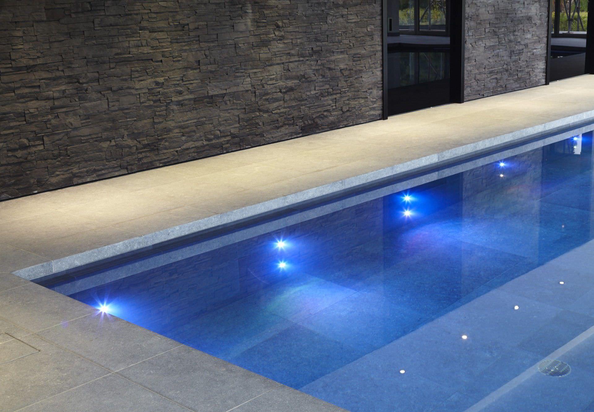 ... In Ground Swimming Pool / Ceramic / Indoor BUCKINGHAMSHIRE GUNCAST SWIMMING  POOLS ...
