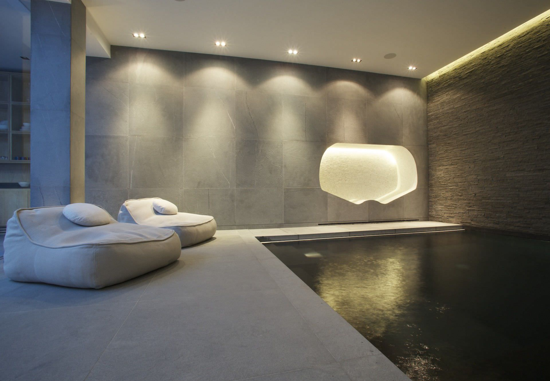 ... In Ground Swimming Pool / Concrete / Indoor ...