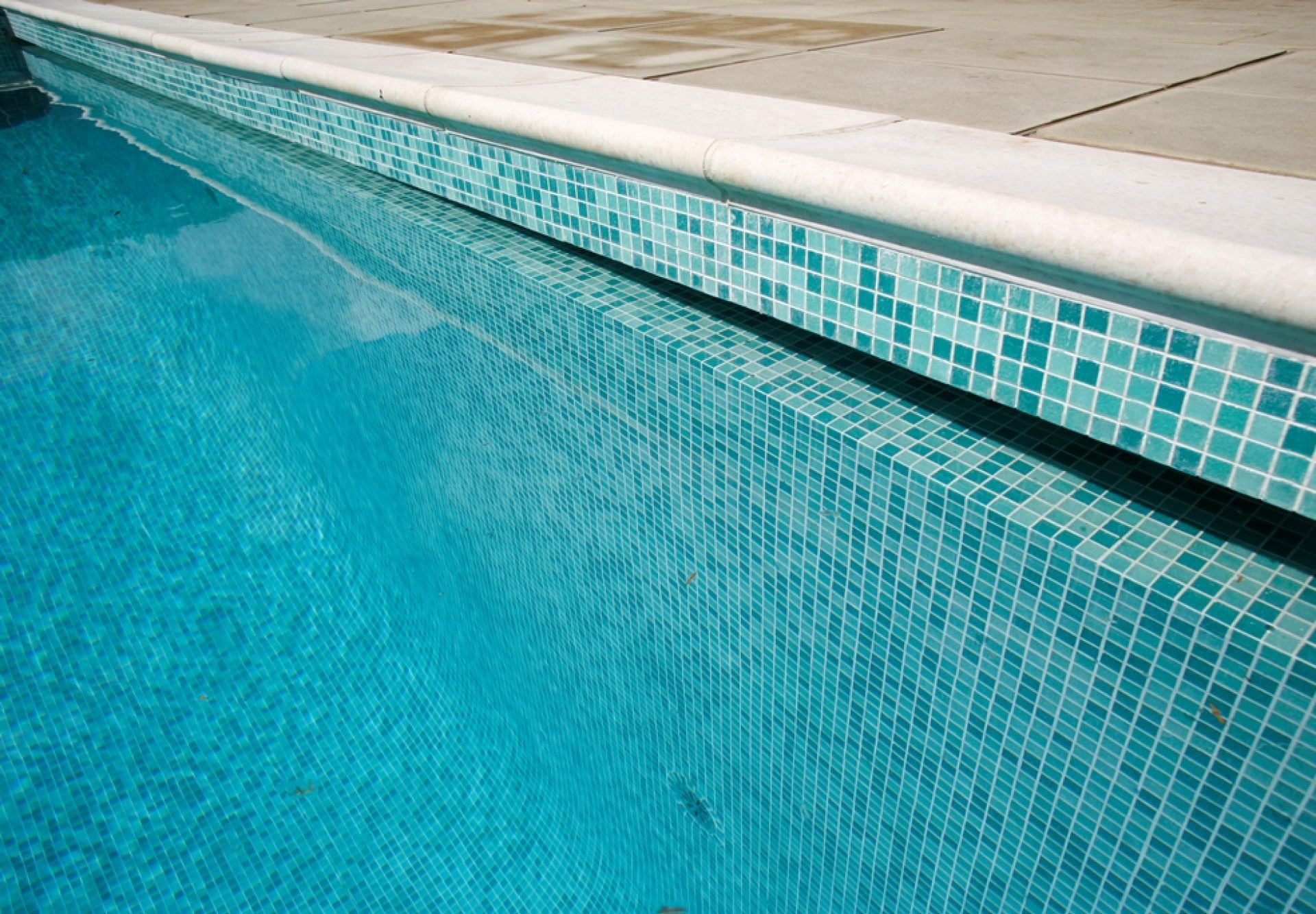 Inground Swimming Pool Stone Lap Mosaic OXFORDSHIRE - Bullnose tiles for pools