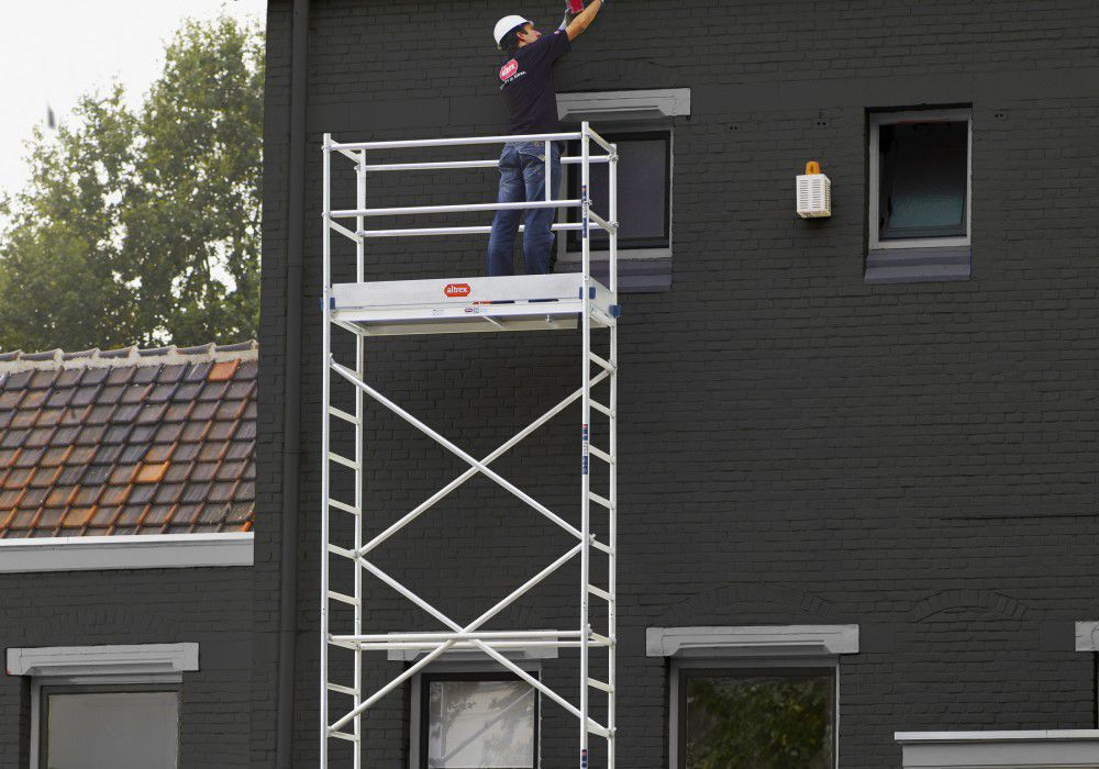 Aluminum scaffolding - RS TOWER 34 SINGLE WIDTH FOLDING TOWER - Altrex