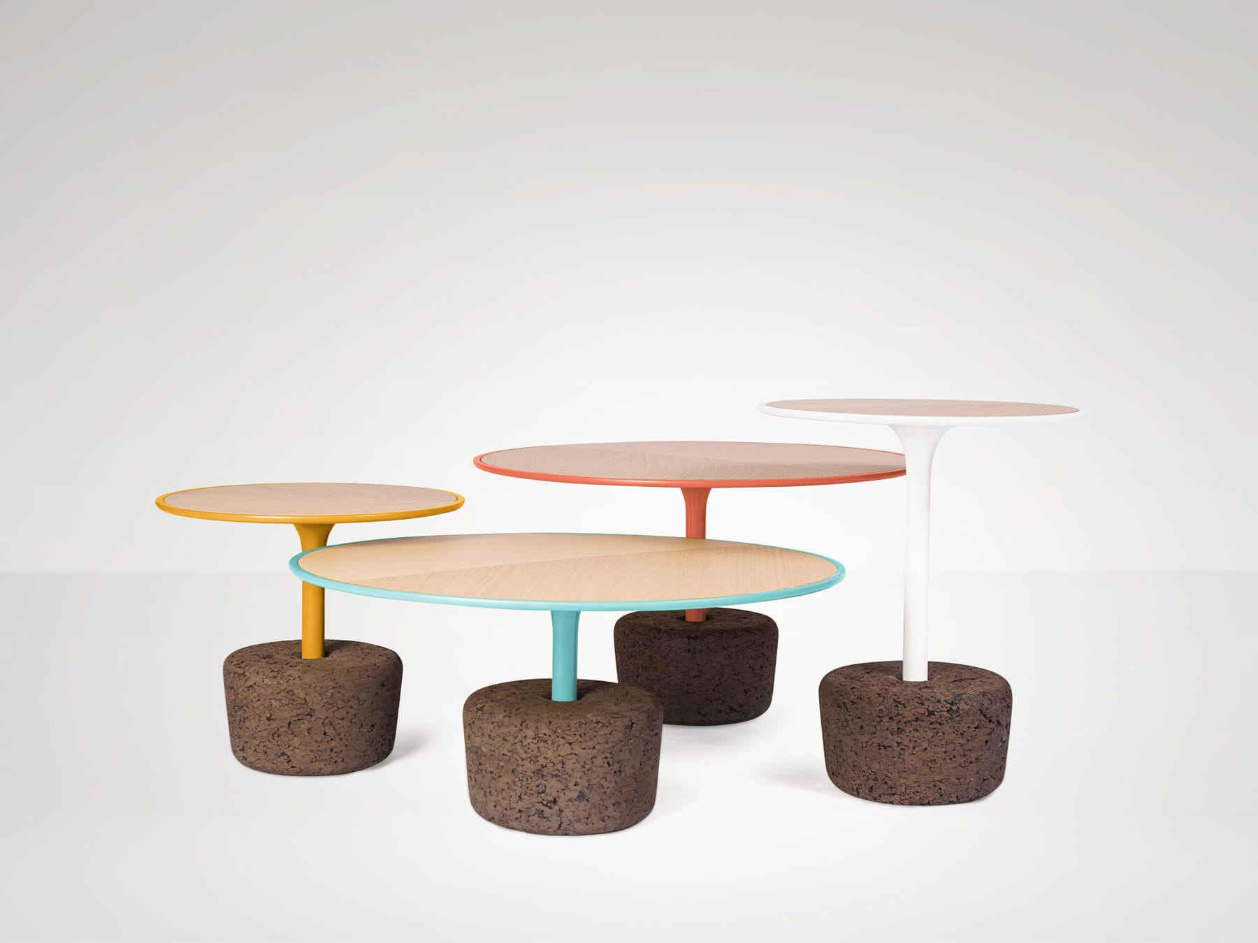 contemporary coffee table / oak / cork / round - flora - dam