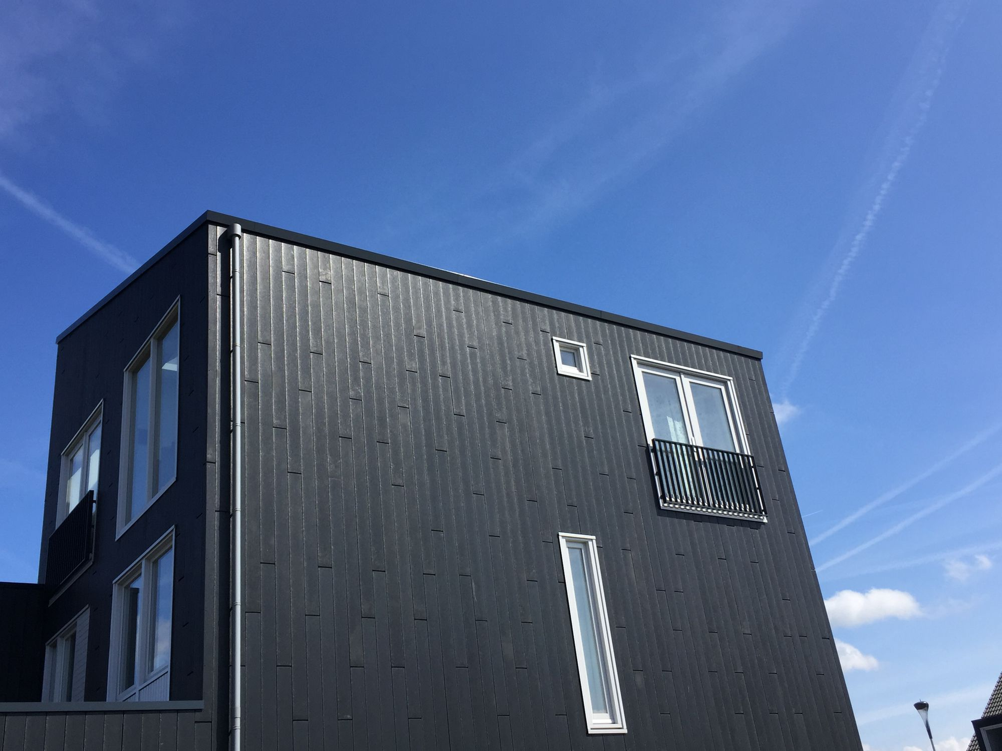 Recycled plastic cladding / textured / panel / wood look - Lankhorst