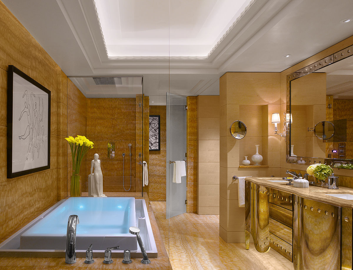 Salle De Bain Plaquette Parement ~ Wall Mounted Bathroom Mirror With Integrated Television