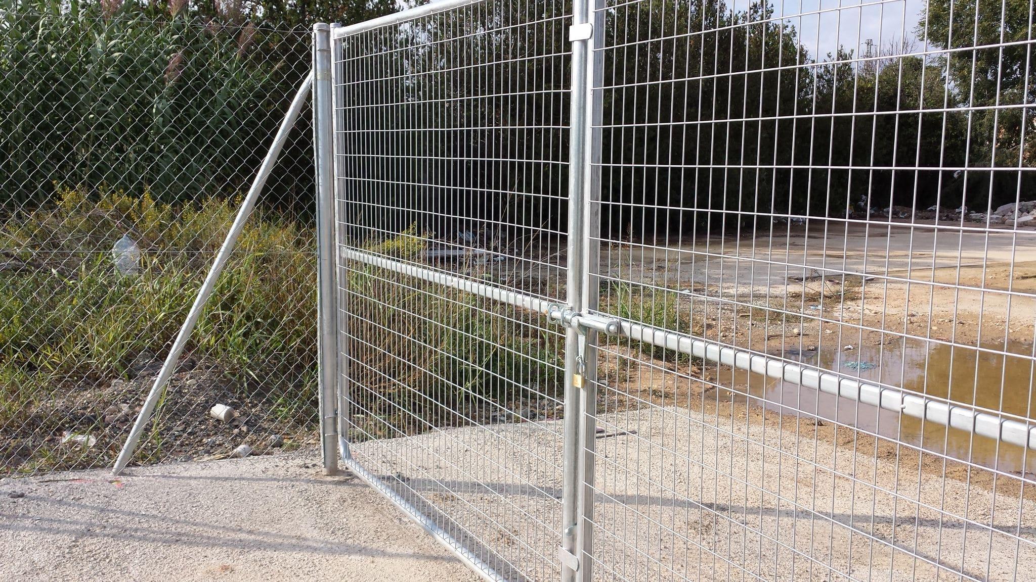 Wire Mesh Gate | Swing Gate Metal Wire Mesh Industrial Soudees Indusmetal