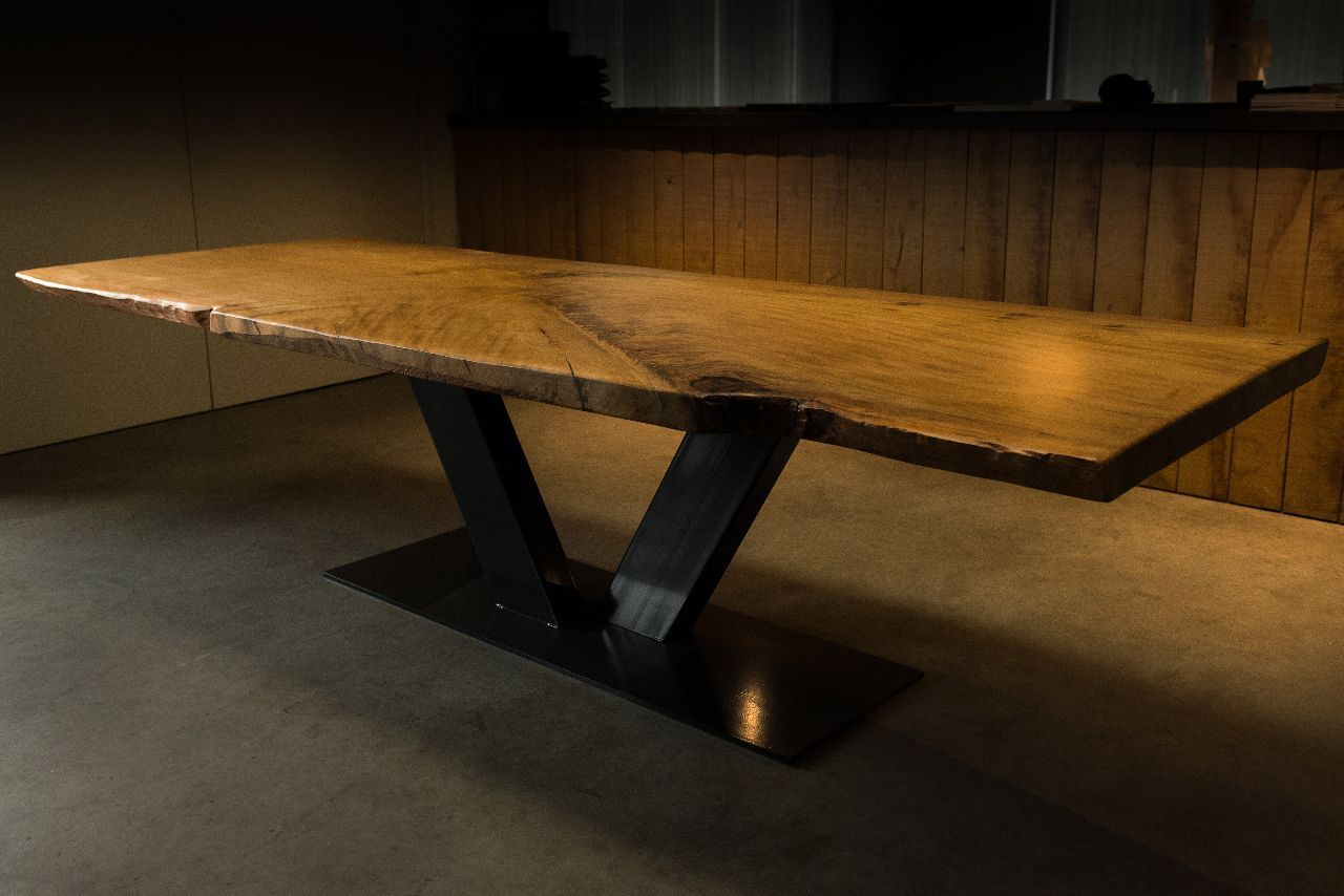 Contemporary Dining Table / Solid Wood / Stainless Steel / Rectangular    KAURI