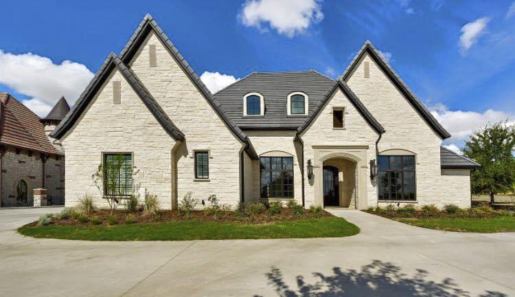 ... Flat Roof Tile / Concrete / Black / Slate Look WINDSOR : CHARCOAL Crown  Roof Tiles ...