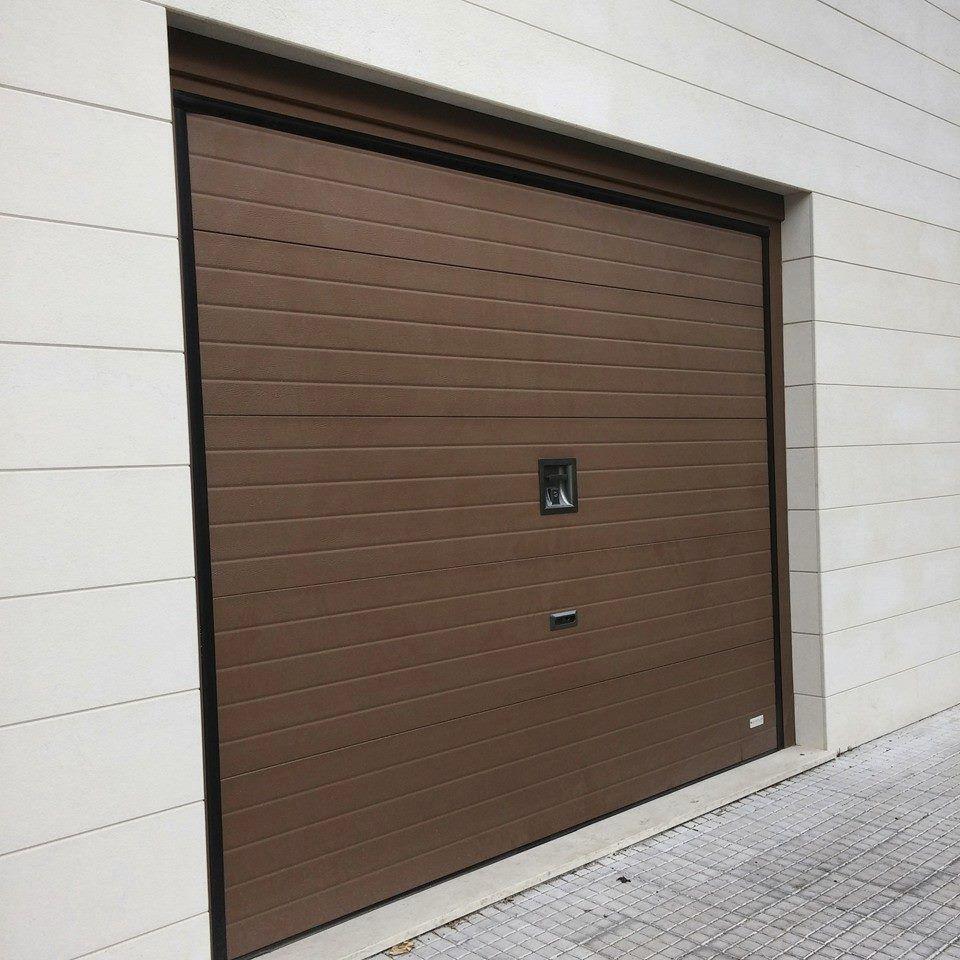 Elegant Sectional Garage Doors / Metal / Polyurethane Foam / Automatic SOUND Delta  Overlap