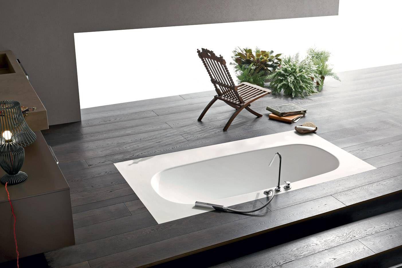 Free-standing bathtub / oval / composite - VITTORIA - IDEAL BAGNI