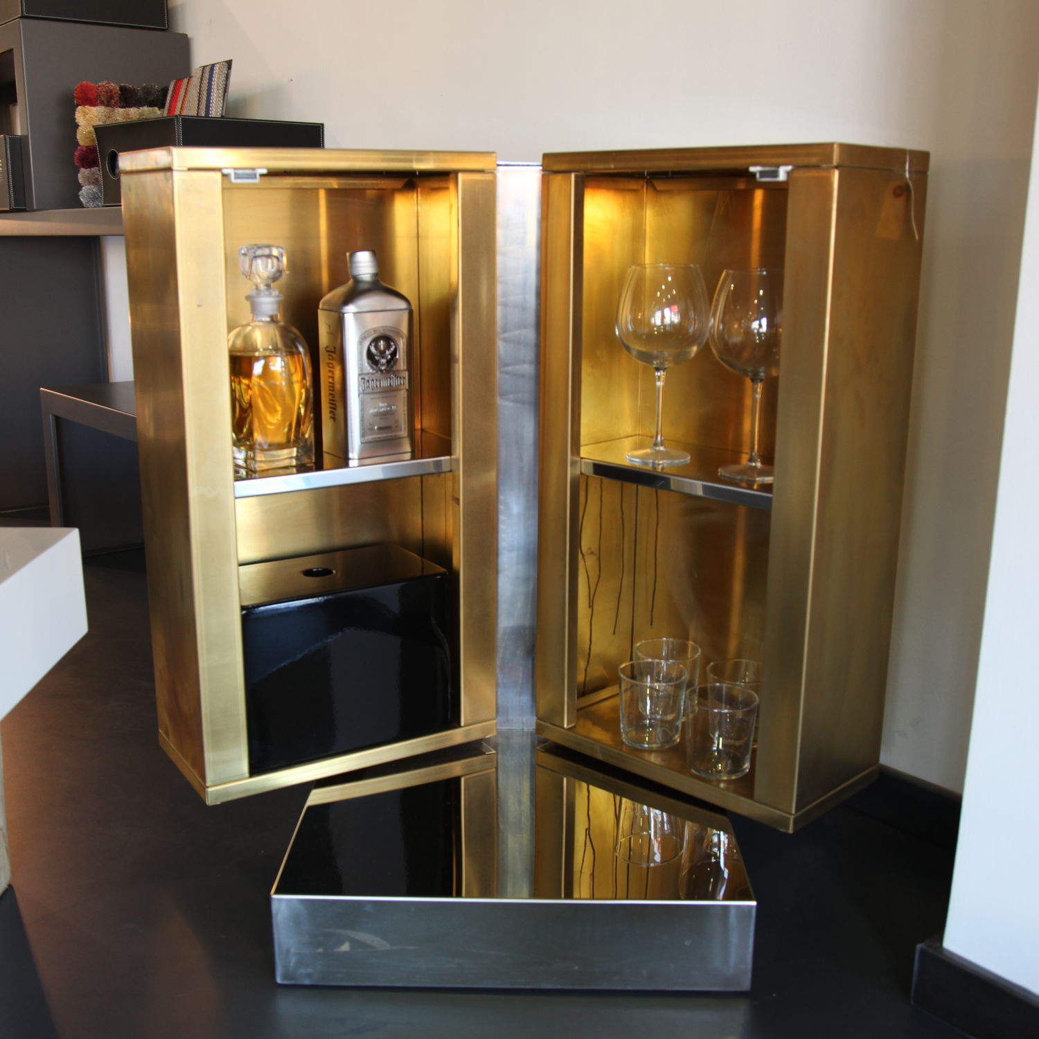 Contemporary Mini Bar Cabinet Iceland