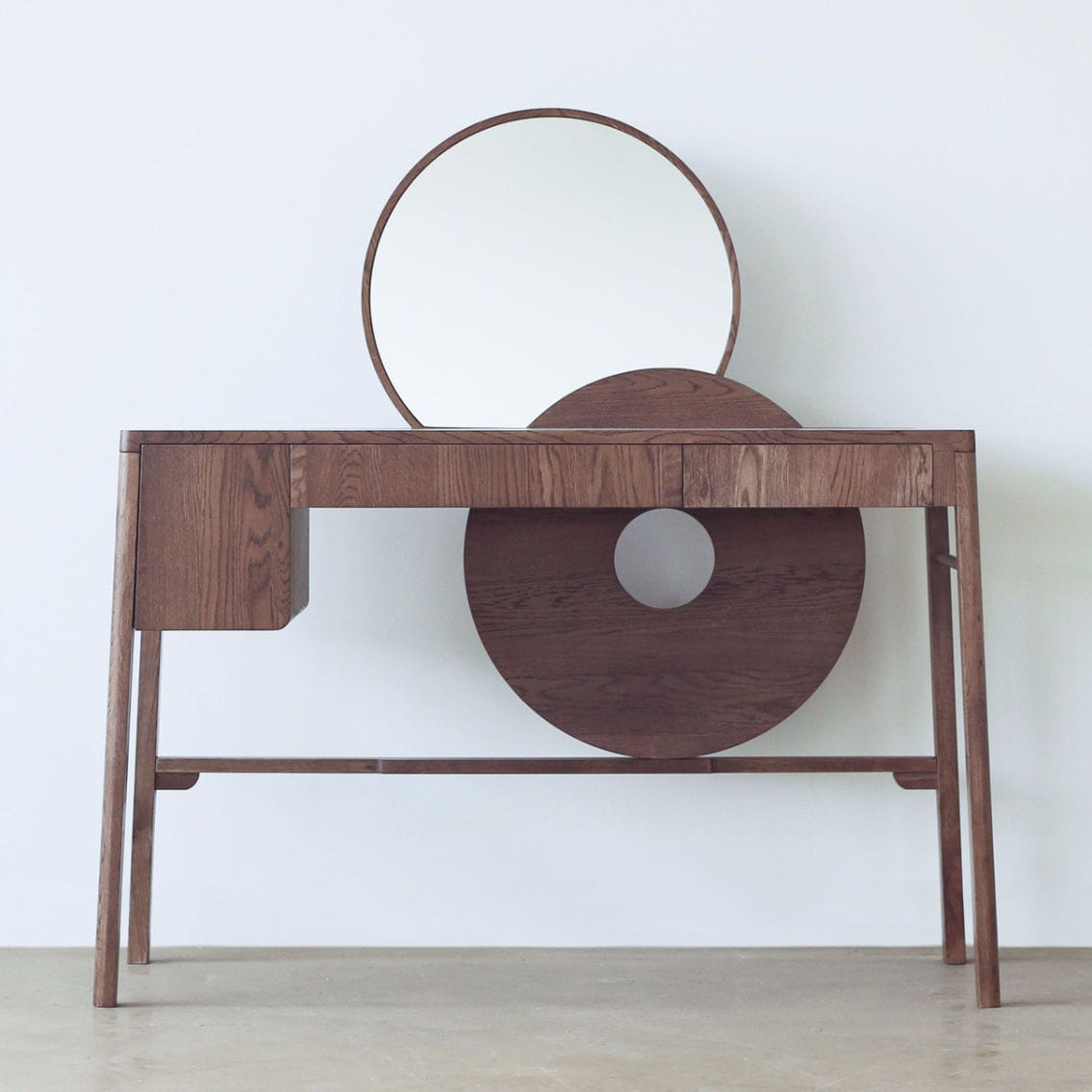 Contemporary Dressing Table / Oak   SUNRISE