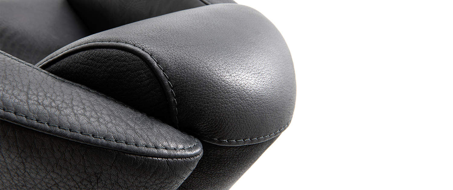 Beautiful KG; Contemporary Armchair / Leather / Wooden / Black DYLAN TM Collections  GmbH U0026 Co.