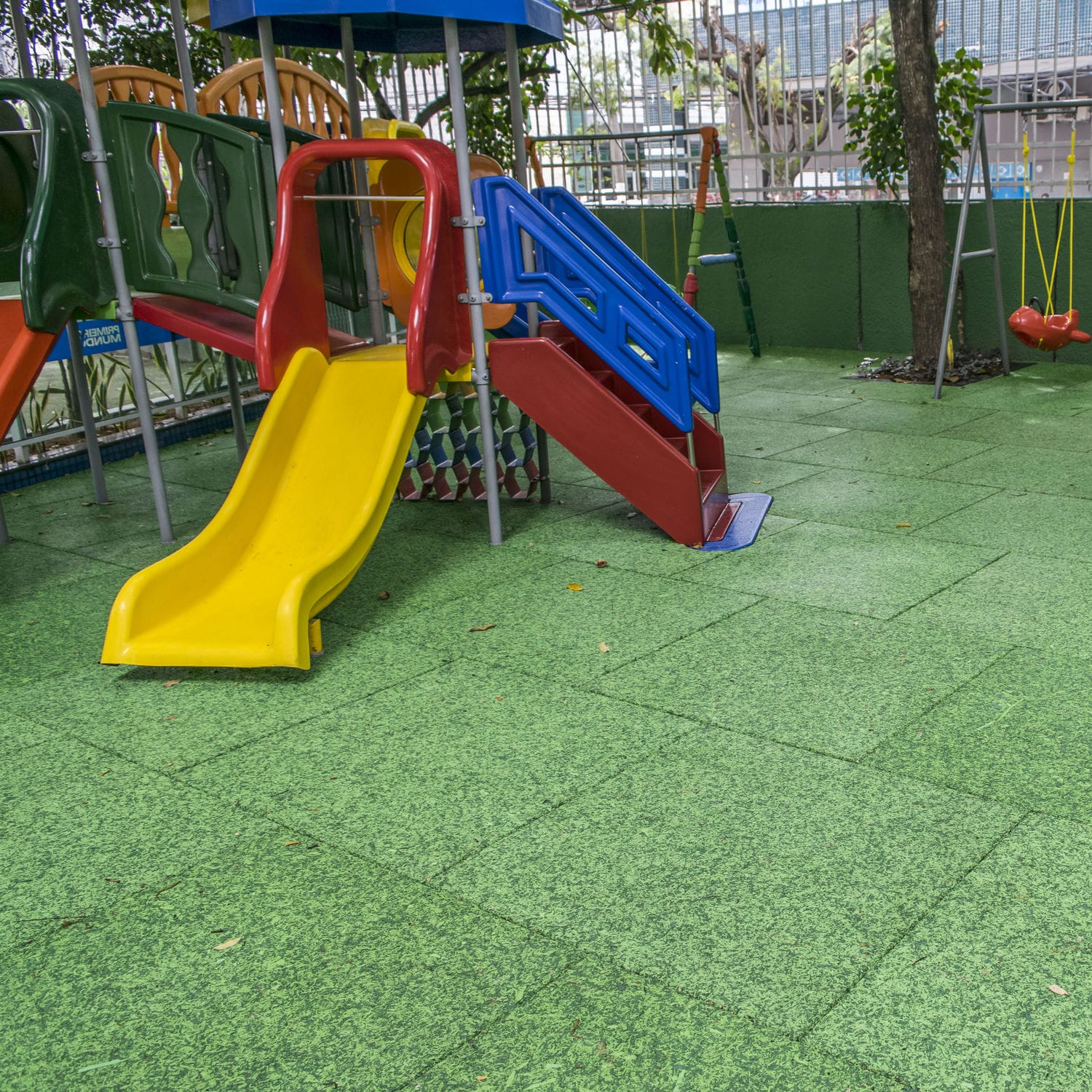 Public space rubber mulch floor IMPACT SOFT MULCH EPDM 50MM