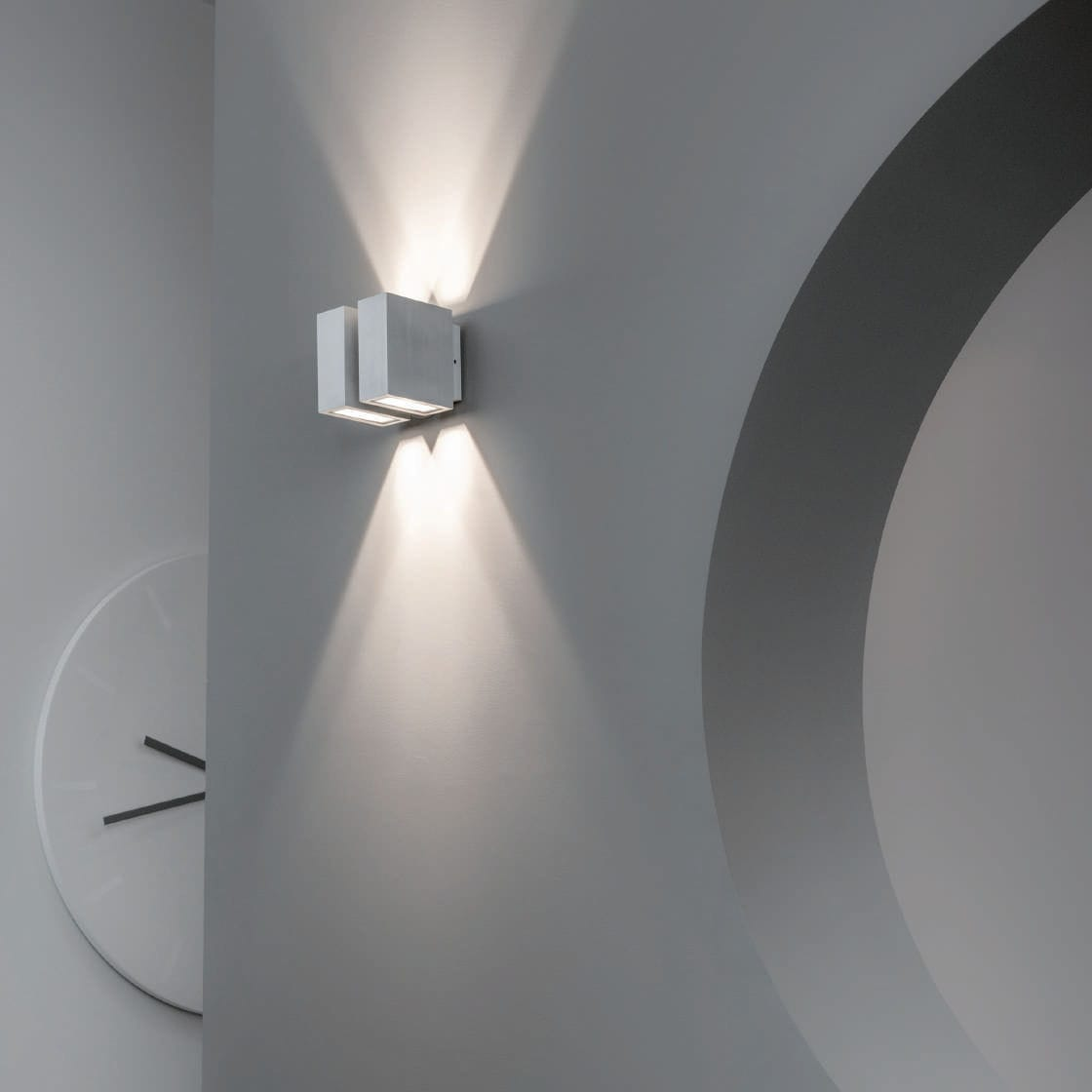 contemporary wall light outdoor anodized aluminum led duo