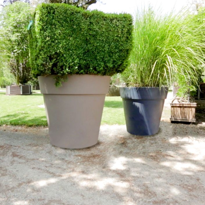 Plastic Garden Pot Plastic garden pot round lira elite pasquini bini plastic garden pot round lira elite workwithnaturefo