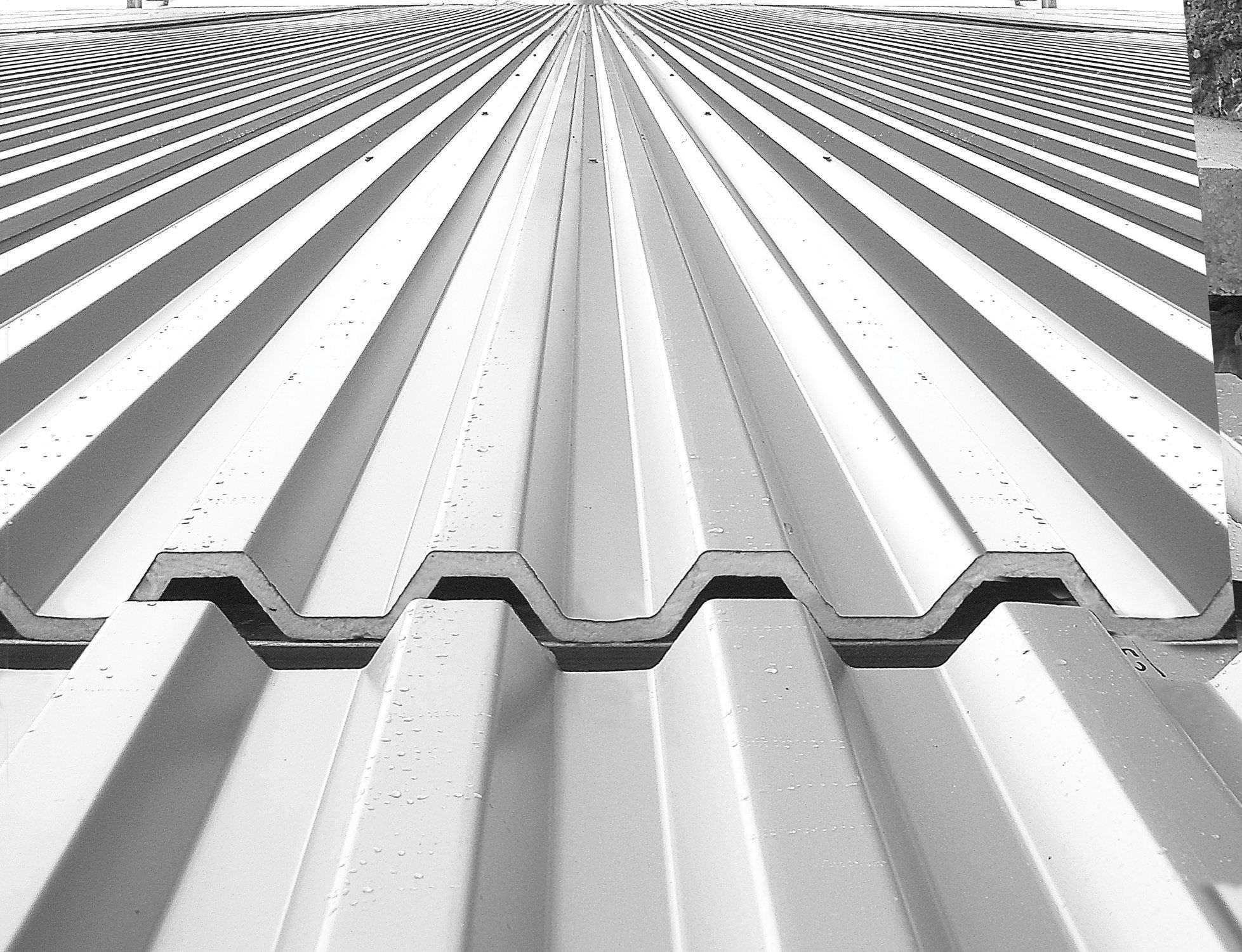 Sheet Steel Roofing / Ribbed   TEK 28