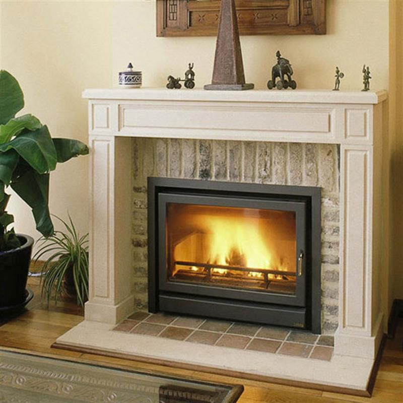 Wood-burning fireplace / traditional / closed hearth / built-in ...