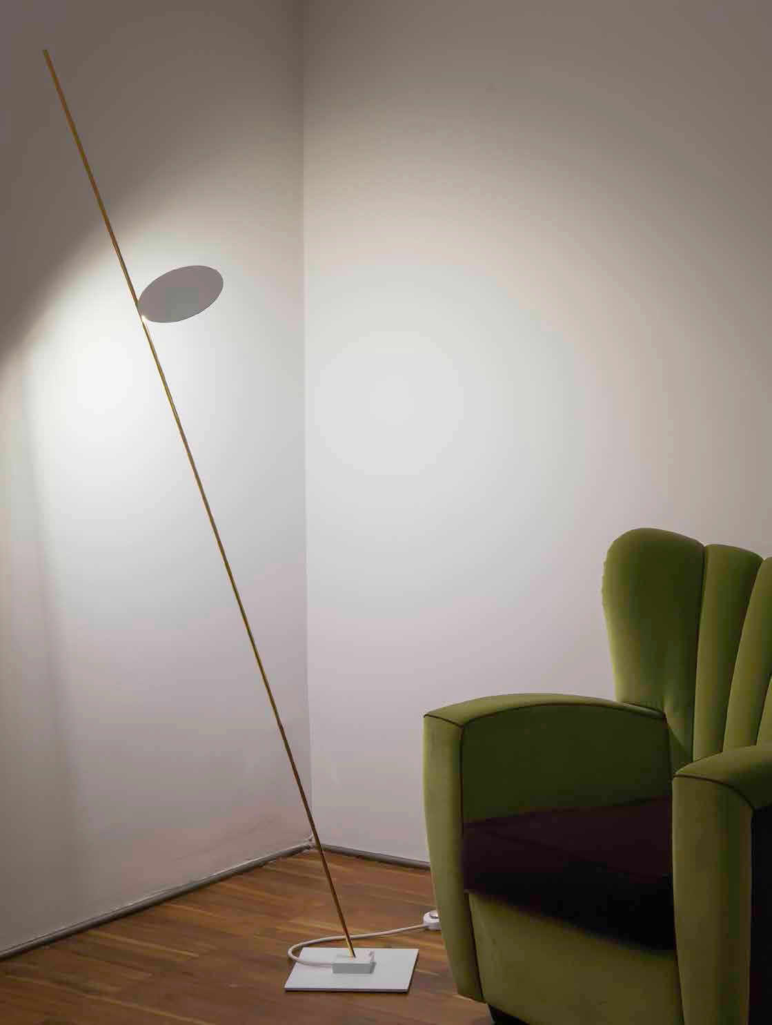 Floor-standing lamp / minimalist design / aluminum / chromed metal ...