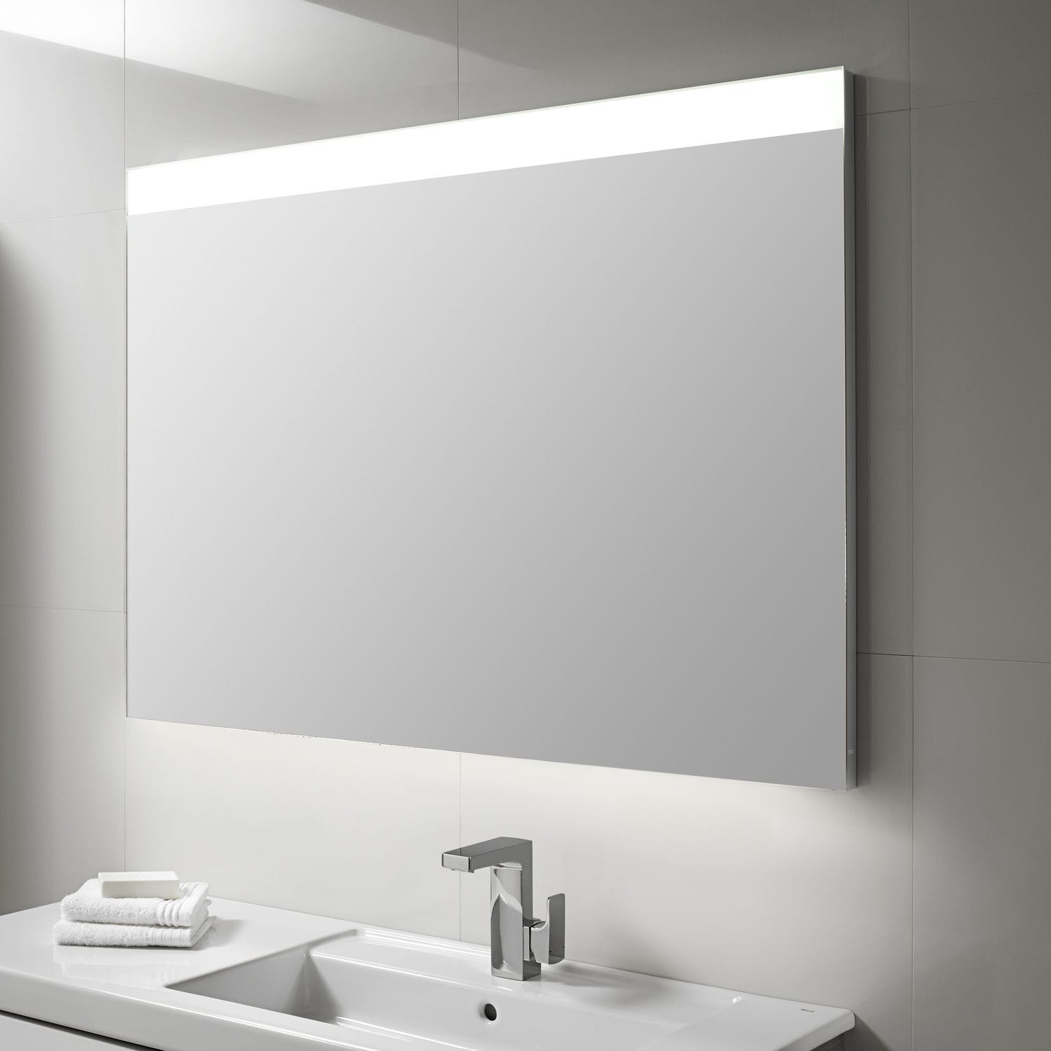 Wall-mounted bathroom mirror / LED-illuminated / contemporary ...