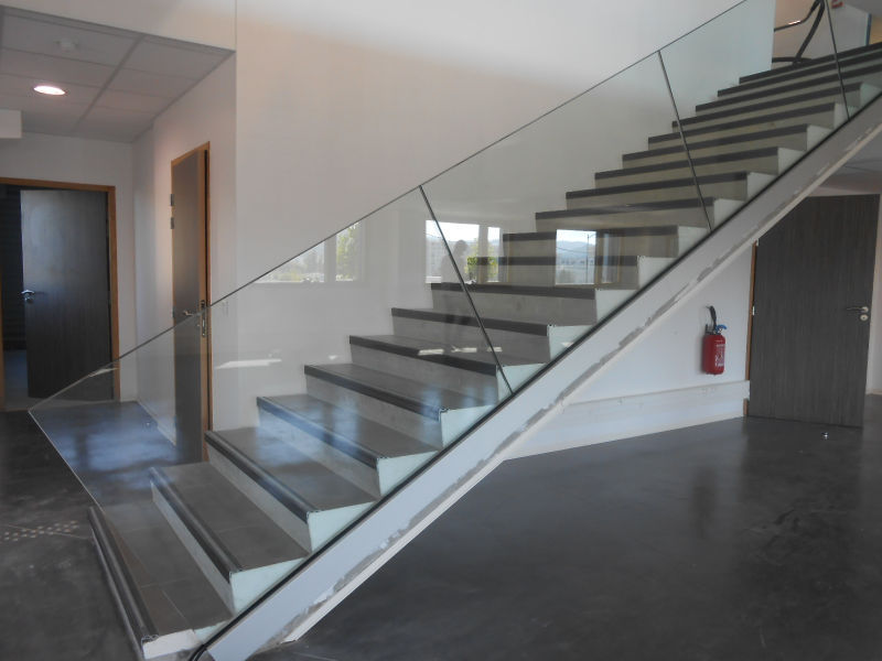 Glass Stair Railing Decoration Concept glass railing - with panels - indoor - for stairs - SABCO